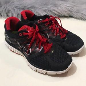 big sale 46283 930f7 Nike Shoes - NIKE LUNARGLIDE 2